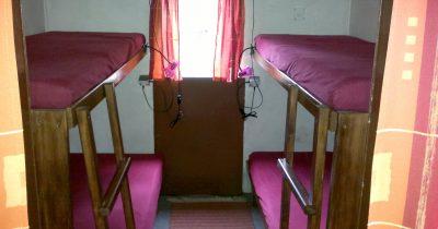 Maringotka - postele bez lůžkovin